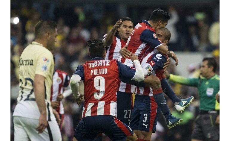 México: Chivas rescata valioso empate ante el América
