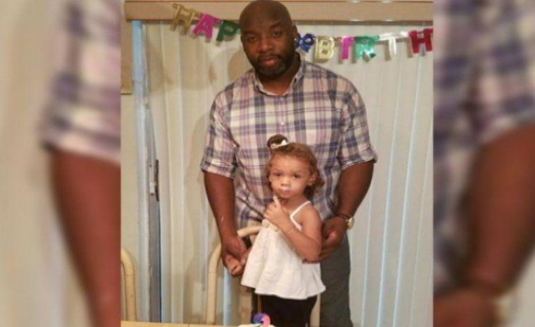 Perecen calcinados en un terrible choque un hombre y su pequeña hija