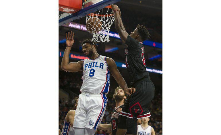 Butler, Wade y Bulls aplastan a 76ers