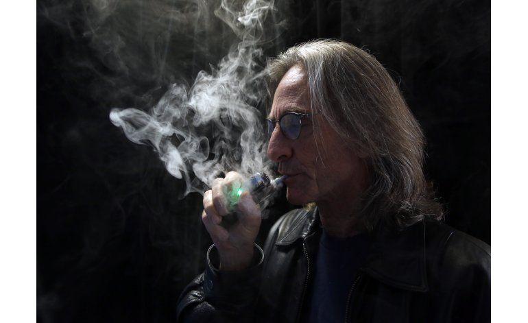 Aplican impuestos a cigarrillos electrónicos en California