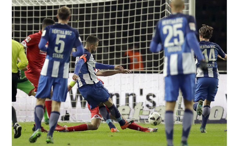 Ibisevic llega a 100 goles y Hertha Berlin vence a Mainz