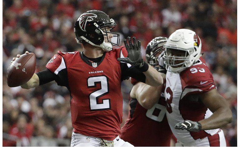 Taylor Gabriel brilla en victoria de Falcons sobre Cardinals