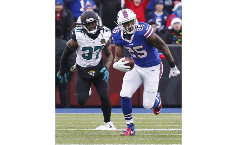 McCoy anota 2 veces; Bills vencen a Jaguars