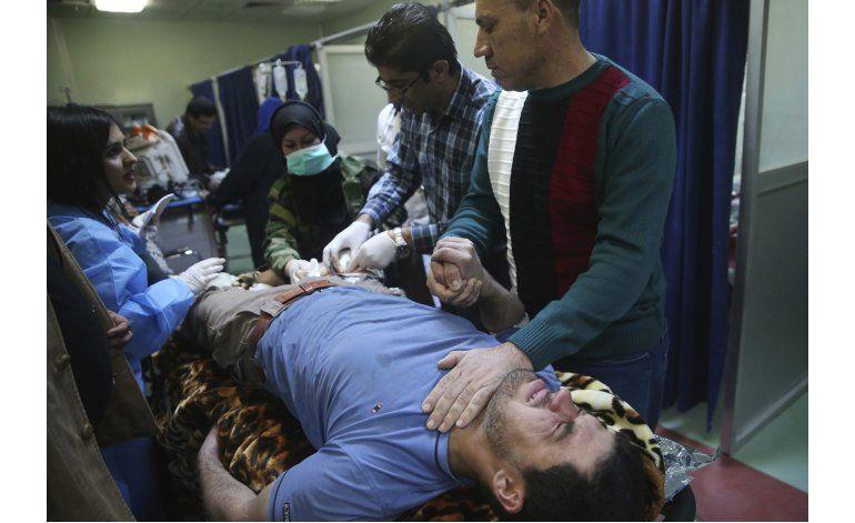 Víctimas civiles y militares de Mosul llenan hospital iraquí