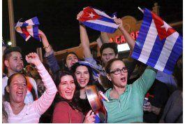 jovenes cubano-estadounidenses buscan su papel en cuba