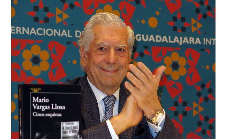 Vargas Llosa: La pornografía es un erotismo mal escrito