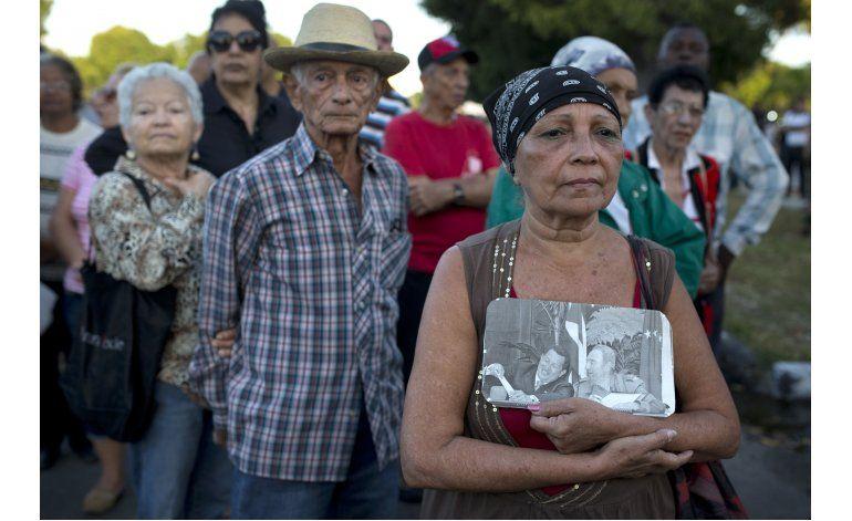 LO ULTIMO: Obama no asistirá a funeral de Castro