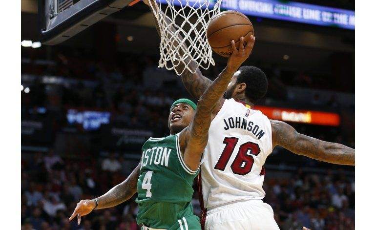 Thomas anota 25, Celtics derrotan 112-104 al Heat