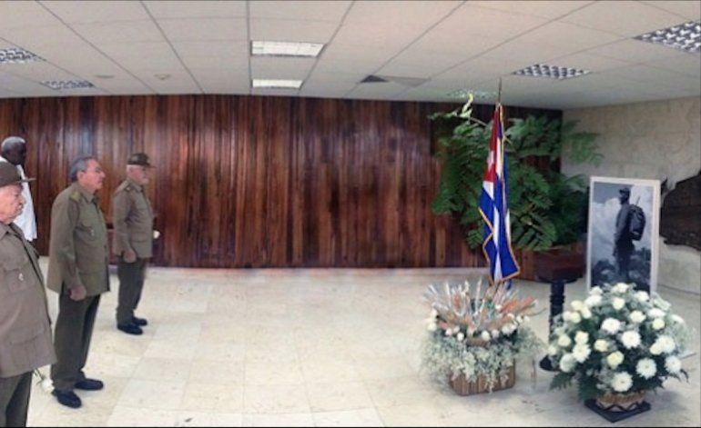 Cenizas de Castro reposan en el Ministerio de las FAR, lejos de la vista del pueblo