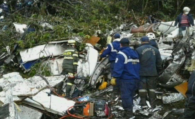 Conmoción mundial por accidente aéreo en Colombia