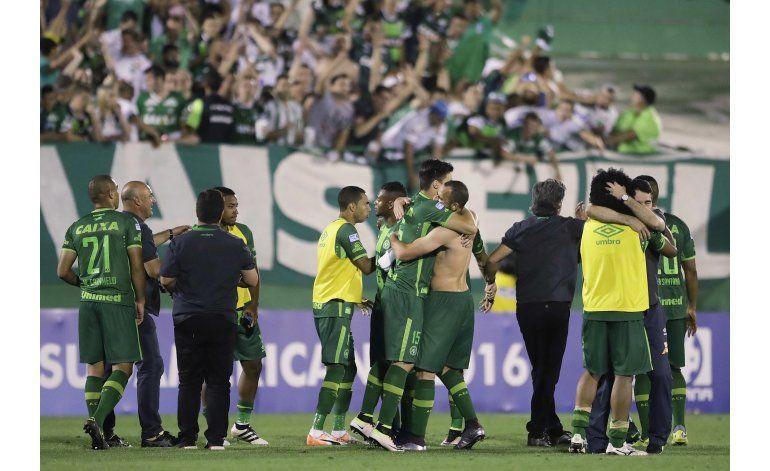 Nacional: Título de Sudamericana debe ser para Chapecoense