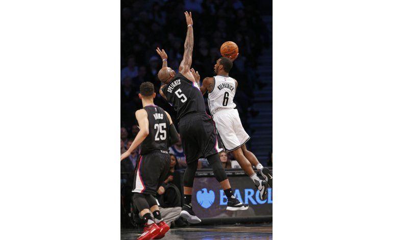 Nets remontan y vencen a Clippers tras dos prórrogas
