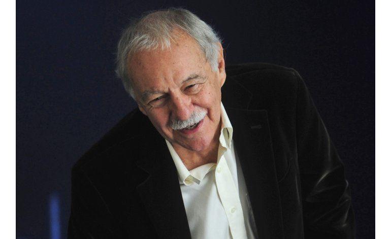 Autor español Eduardo Mendoza gana premio Cervantes 2016