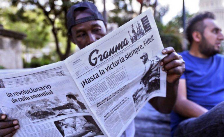 A cinco fulas los periódicos dedicados a la muerte de Castro