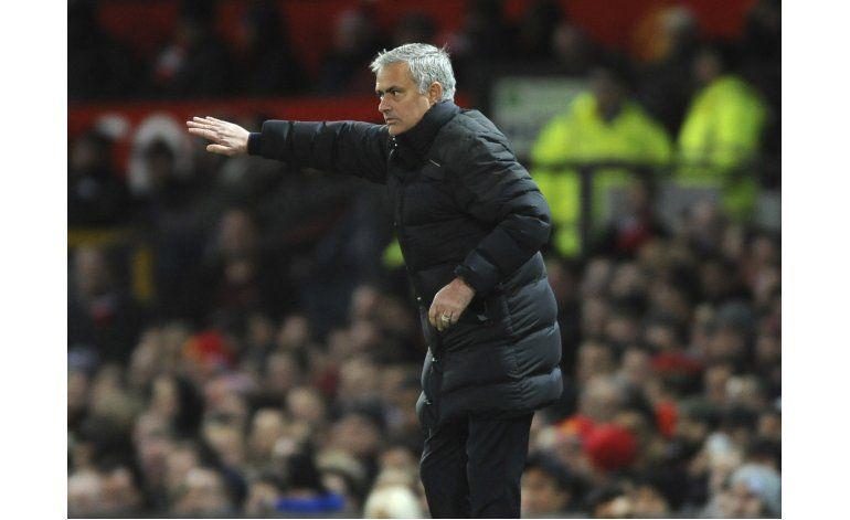 Mourinho es suspendido por un partido