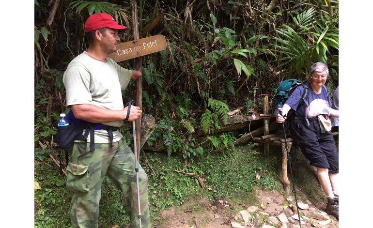 Muerte de Castro sorprende a turistas en la Sierra Maestra