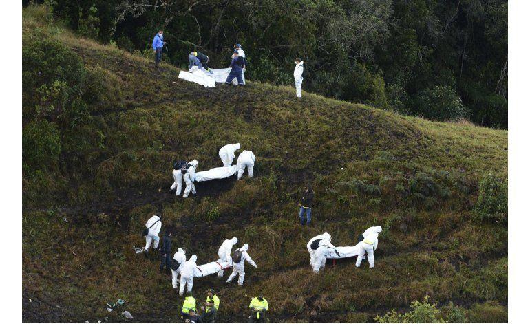 Accidente aéreo Colombia: piloto se declaró sin combustible