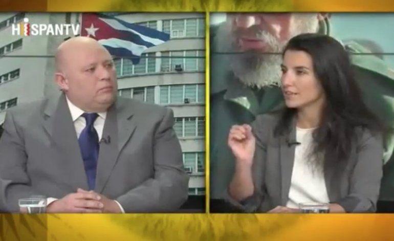 Una cubano-española arrasa a panelistas defensores de Fidel en HispanTV