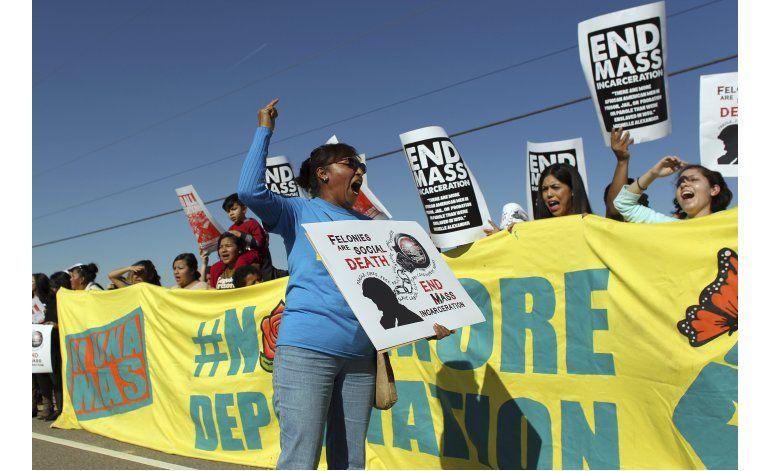 EEUU: Activistas critican muerte de inmigrante en detención