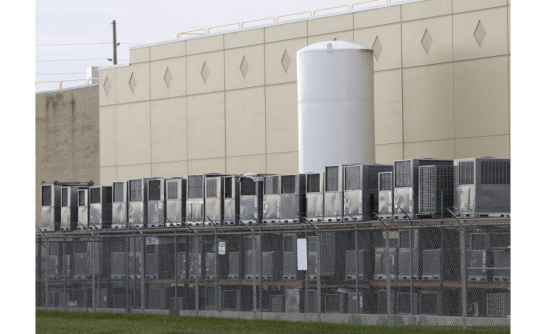 LO ULTIMO: Carrier dice que Trump prometió mejor ambiente