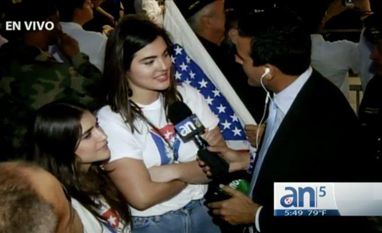 Hija de Andy García asiste a concentración de la Calle 8 por muerte del dictador Fidel Castro
