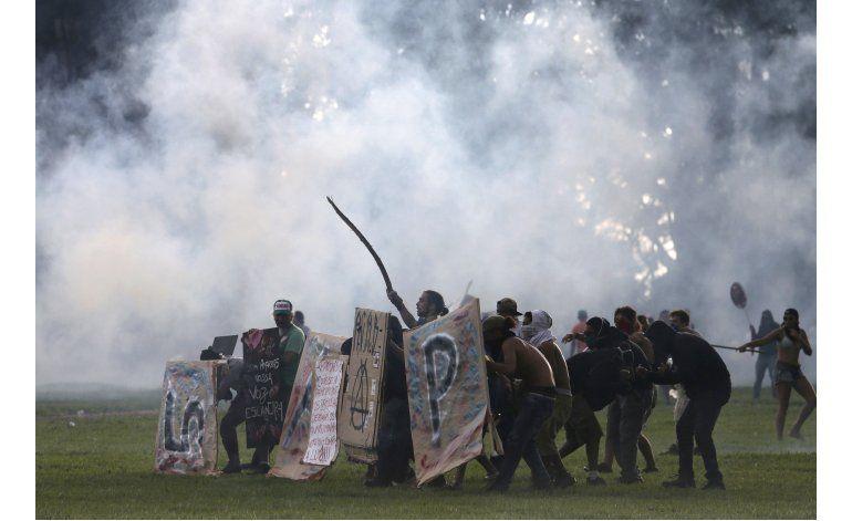 Brasil: Fiscales amenazan con abandonar investigación