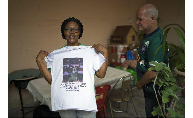 Alegría y dolor para la familia del futbolista Neto