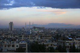 tropas sirias y aliadas avanzan a la sitiada aleppo