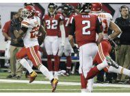 berry luce a la defensiva en triunfo de chiefs ante falcons