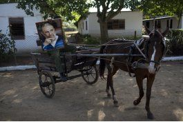 fotogaleria: una despedida casi religiosa a fidel en cuba