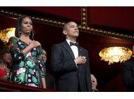 obama es ovacionado en los premios del centro kennedy
