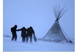 lo ultimo: tormenta invernal afecta a oponentes de oleoducto