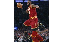 james consigue 25 puntos y cavaliers aplasta a knicks
