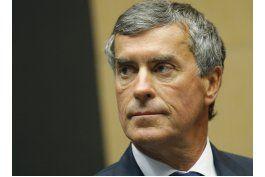 condenan a exministro galo de presupuesto a 3 anos de carcel