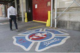 fan pide matrimonio en estacion de bomberos de ghostbusters