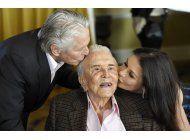 kirk douglas celebra 100 anos de vida