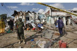 un coche bomba deja 16 muertos en una comisaria somali