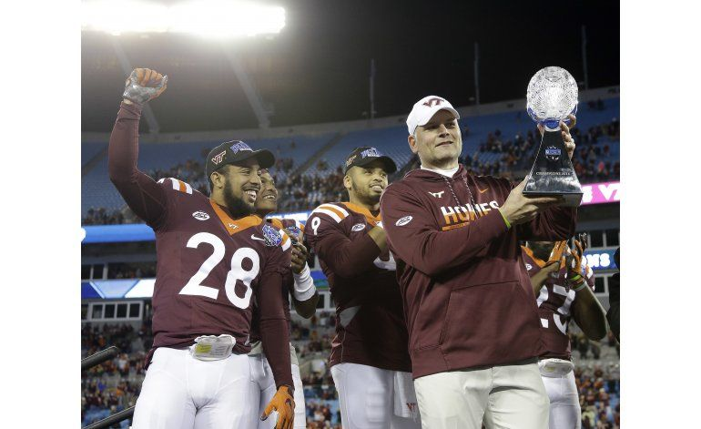Epica remontada de Virginia Tech ante Arkansas en Belk Bowl