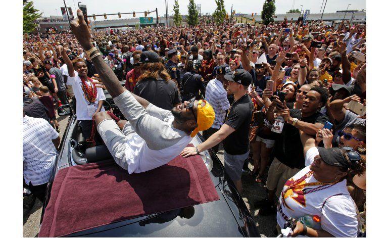 Al cumplir 32, LeBron reflexiona sobre un 2016 inigualable