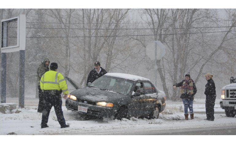 Tormenta cubre de nieve región de New England