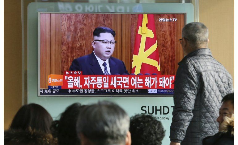 Líder norcoreano insinúa prueba con misiles de largo alcance