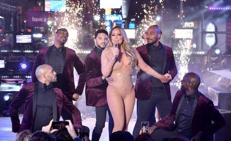 Papelón de Mariah Carey durante actuación de Año Nuevo en Times Square