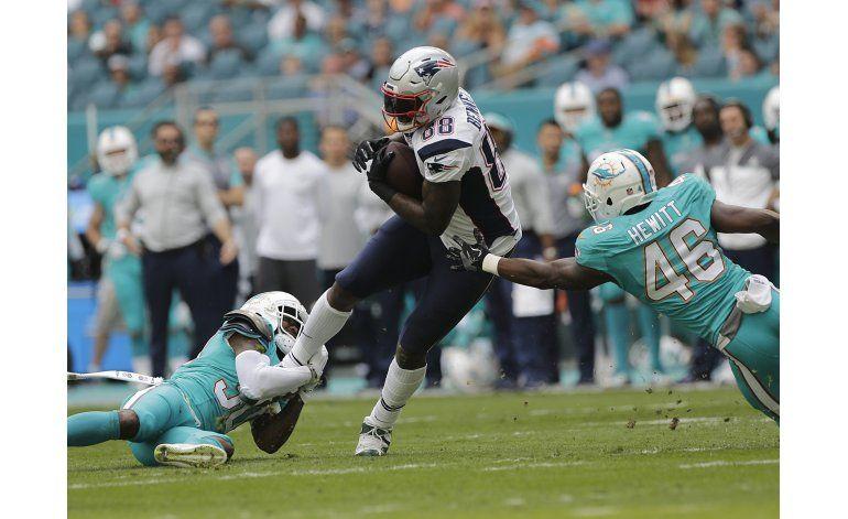 Patriots ganan en Miami y aseguran localía en playoffs
