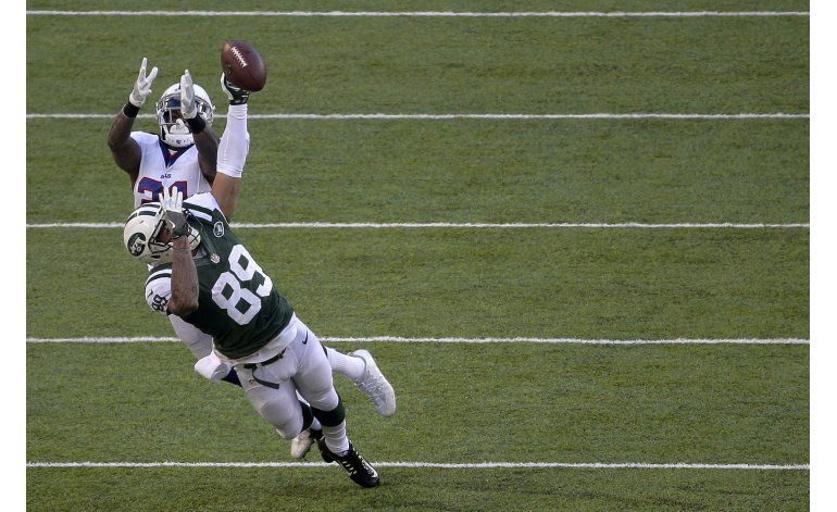 Fitzpatrick y Powell guían a Jets al arrollar a Bills