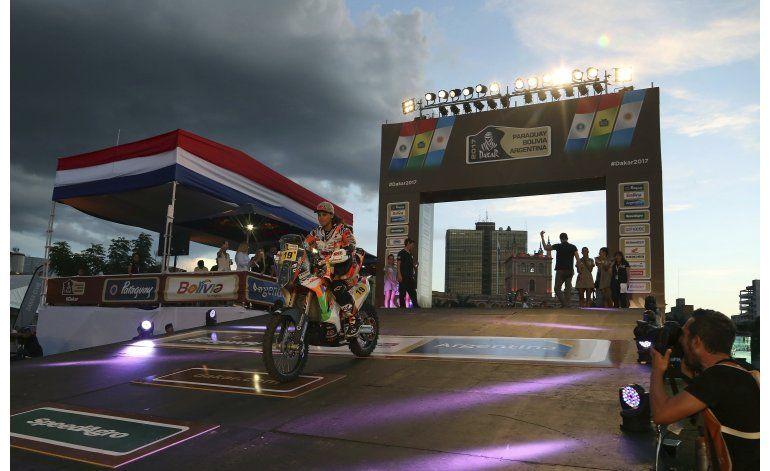 Dakar: Catarí Al-Attiyah gana primera etapa en autos