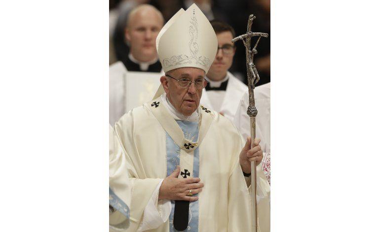 Pide papa Francisco tolerancia cero ante curas pederastas