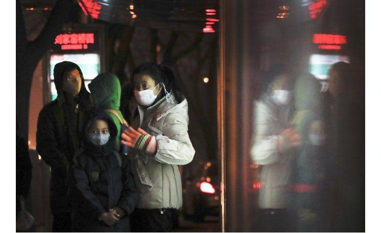 China inicia 2017 envuelta en smog, alertas de contaminación