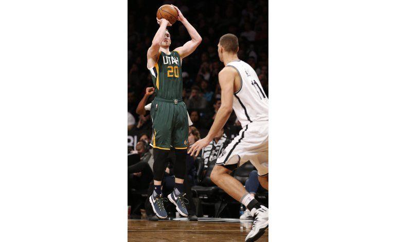 Hayward anota 30 puntos en triunfo de Jazz sobre Nets