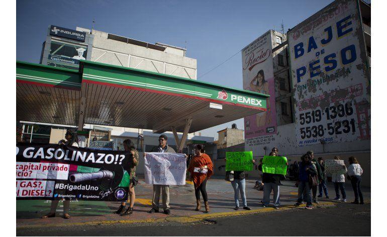 Pemex: Protestas ponen en riesgo el suministro de gasolina