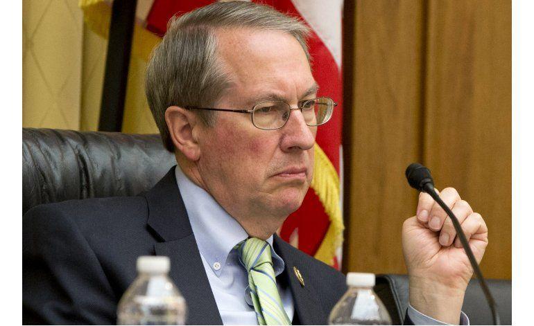 Republicanos abandonan plan de quitar funciones a comisión